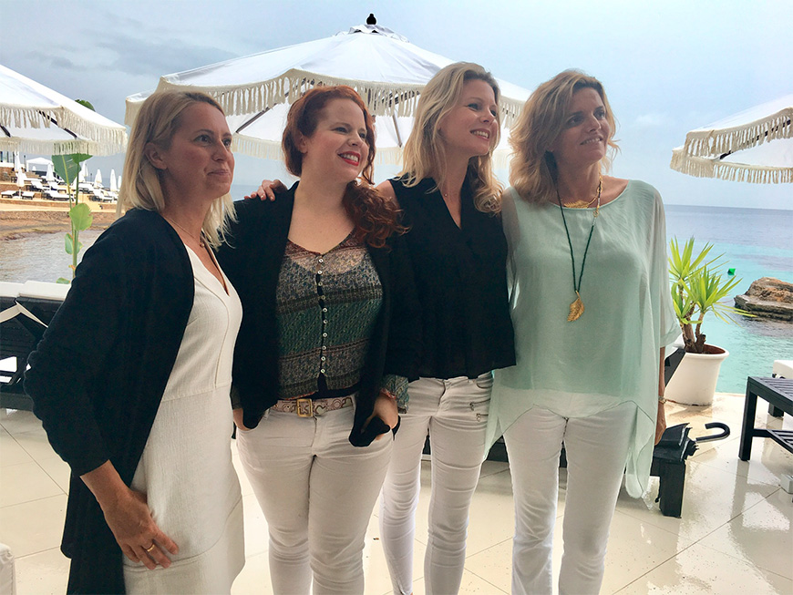 Mercedes Fuentes Simón, Pernilla Danielsson y Joanna Cybulski (izquierda).