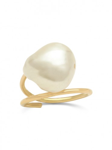 BAROQUE GOLD AND PEARL RING